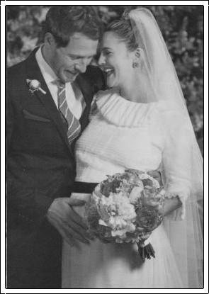 Celebrity Bride Drew Barrymore Kopelman Wedding dress